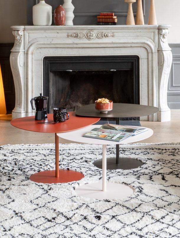 Tables basses en métal, tables gigognes Galet, disponibles dans 40 couleurs